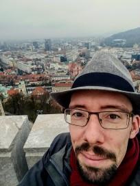 Selbstportrait über den Dächern Ljubljanas